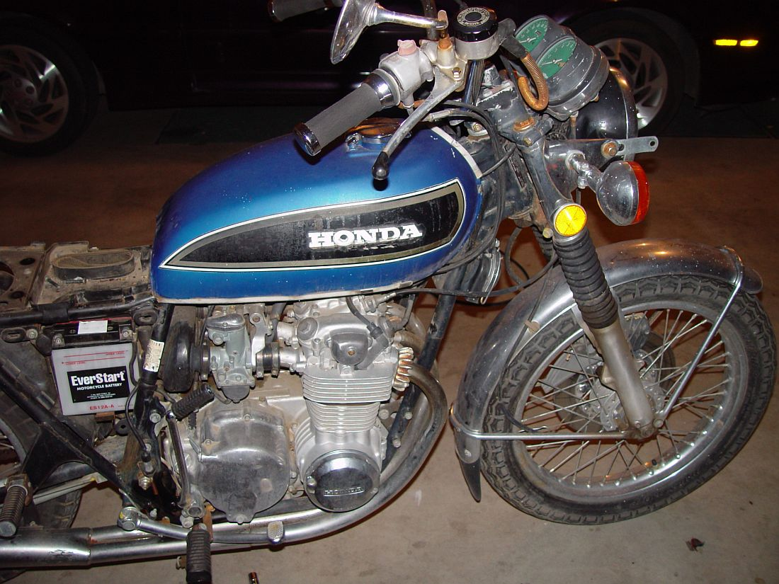 Honda CB550 cafe racer build