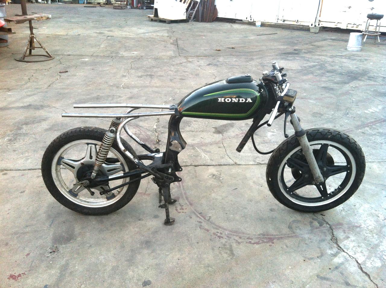Honda-CM400T-custom-cafe-racer-project-frame-work-22 | 4into1.com ...